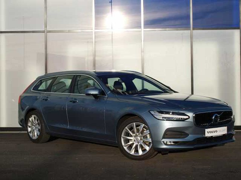 Volvo V90 D4 Momentum Geartronic